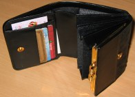 Ladies Wallet inside features